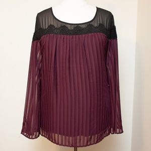 Torrid Black Lace and Merlot Pleated Top Size 4